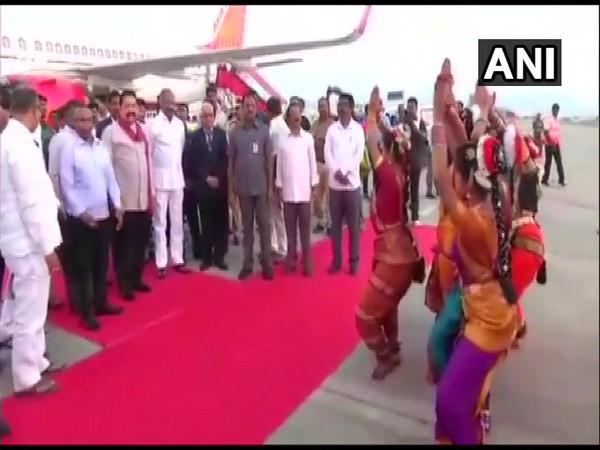 Sri Lankan Prime Minister Mahinda Rajapaksa arrived in Tirupati on Monday.