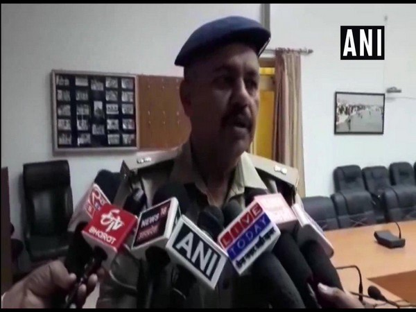 Ashutosh Mishra, SP Crime, Prayagraj speaking to media on Sunday.