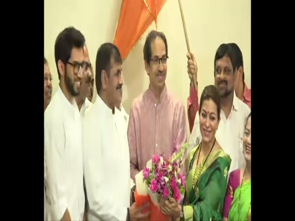 Sachin Ahir joins Shiv Sena