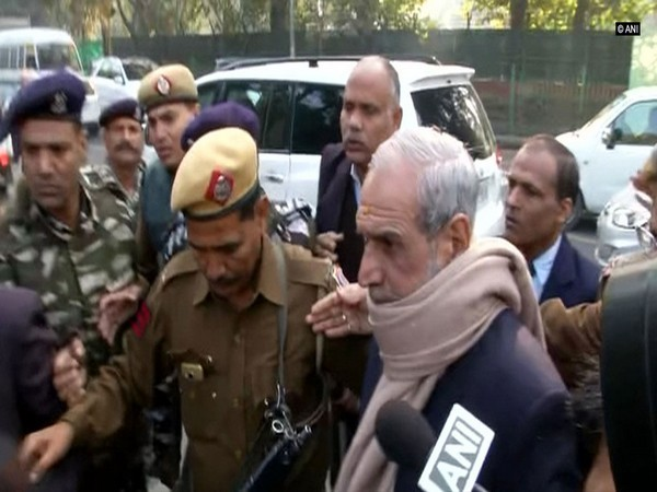 Former Congress leader and 1984 anti-sikh riots convict Sajjan Kumar (File Photo)