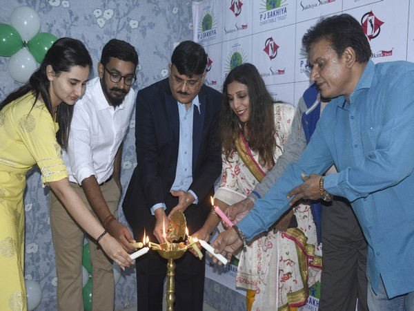 Sakhiya Skin Clinic launches free skincare treatment facility for unprivileged group