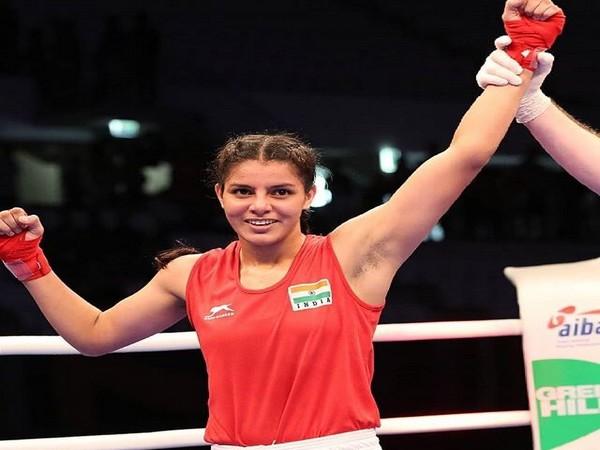 Boxer Sakshi Chaudhary (Photo/Boxing Federation Twitter)