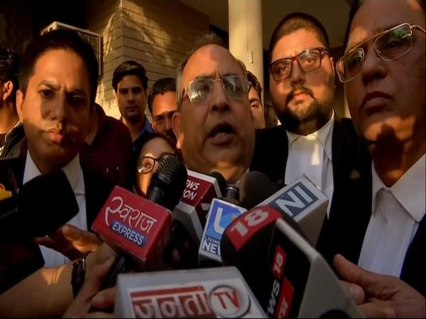 Defence lawyer Mukesh Gupta speaking to media in Panchkula (Photo/ANI)