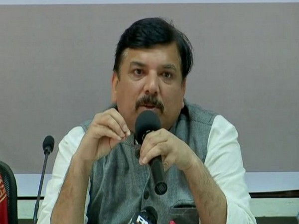 Senior AAP leader Sanjay Singh speaking at a press conference in Mumbai on Friday. Photo/ANI