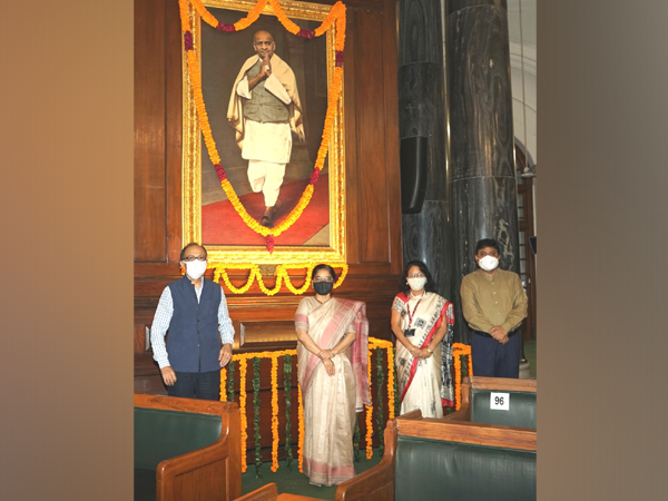 The portrait of Sardar Vallabhbhai Patel was unveiled by the then President of India, Dr Rajendra Prasad, in the Central Hall of Parliament House on 23 April, 1958.