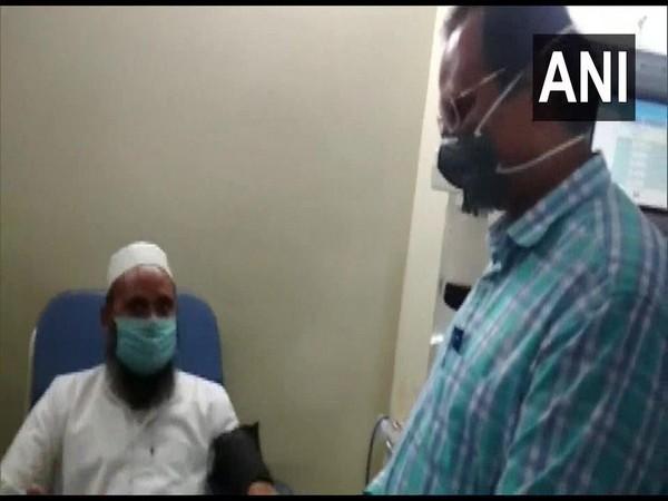 Delhi Health Minister Satyendar Jain visits Plasma Donation Centre in Narela in the national capital.