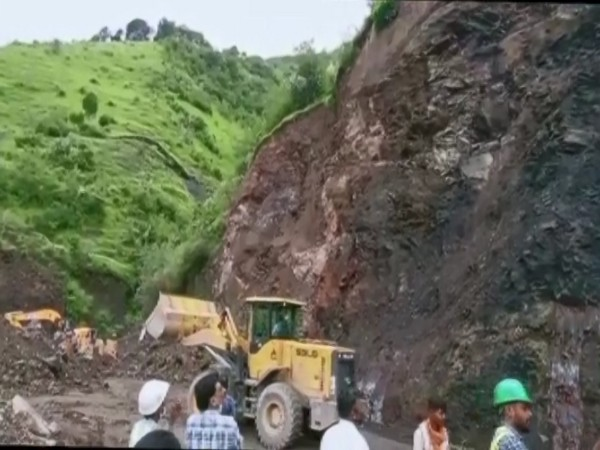 Yet another landslide has occurred in Himachal Pradesh. (Photos/ANI)