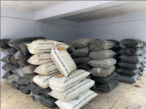 Visuals of bags seized from a truck in Neemuch, Madhya Pradesh