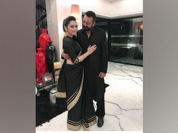 Sanjay Dutt with wife Maanayata (Image source: Instagram)