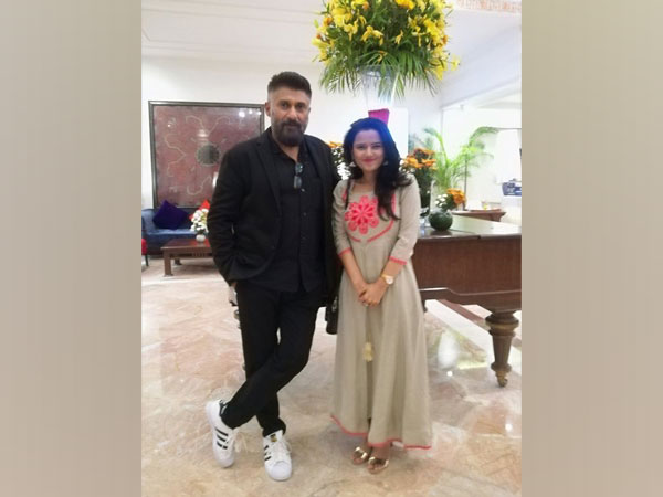 Vivek Agnihotri with Deepa Sharma (Image source: Twitter)