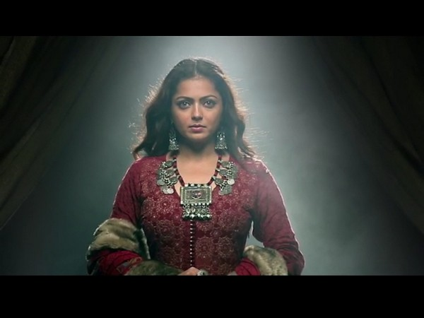 Drashti Dhami's look from 'The Empire' (Image source: Instagram)