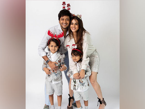 Riteish and Genelia with their sons (Image source: Instagram)