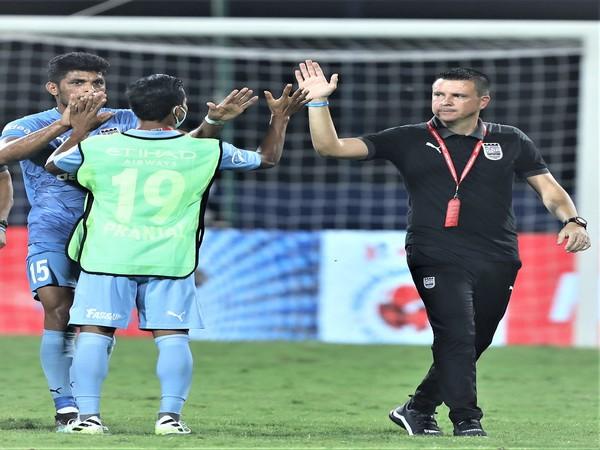 Mumbai City FC coach Sergio Lobera (Image: ISL)