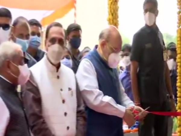 Union Home Minister Amit Shah inaugrates oxygen plant at Gujarat's Gandhinagar. (Photo/ ANI)