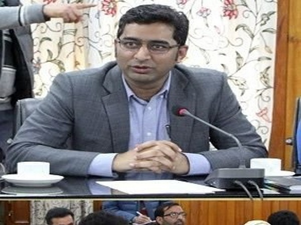 Srinagar District Magistrate and Development Commissioner Shahid Choudhary (Picture credit: @listenshahid)