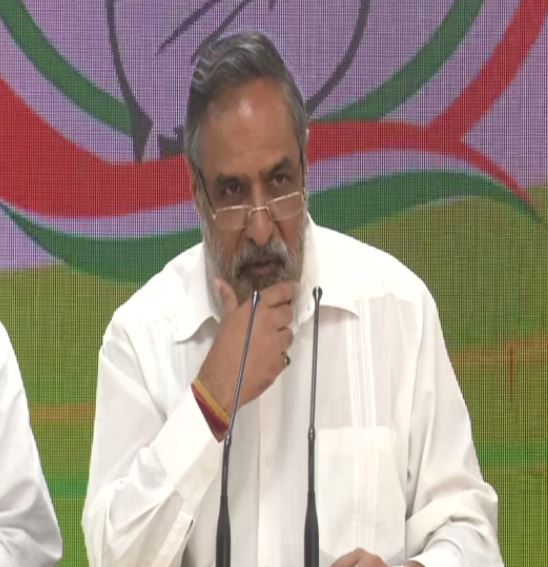 Senior Congress leader Anand Sharma addressing a press conference in New Delhi on Saturday. (Photo/ANI)
