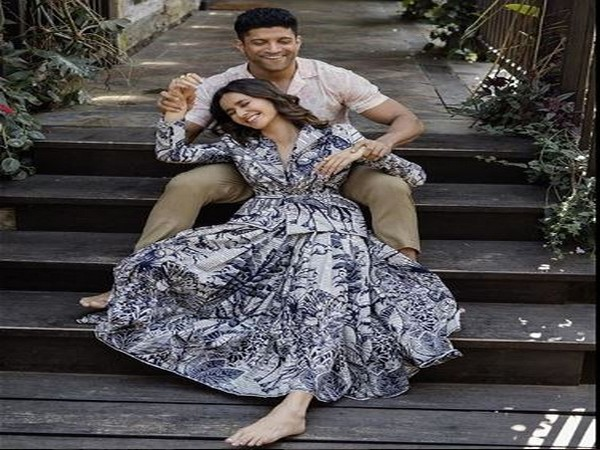 Farhan Akhtar and Shibani Dandekar (Image Source: Instagram)
