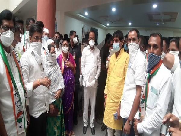 Five Shiv Sena Corporators join NCP