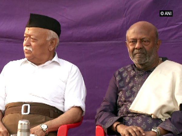 Nadar (right) with RSS chief Mohan Bhagwat in Nagpur on Tuesday