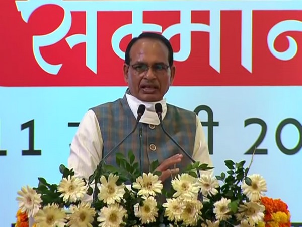 Madhya Pradesh Chief Minister Shivraj Singh Chouhan speaking at a felicitation ceremony for people who work for safety of girl children in Bhopal on Monday [Photo/ANI]