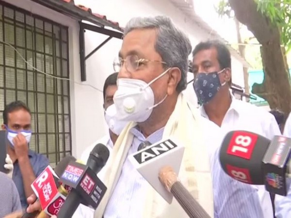 Former Karnataka Chief Minister and Congress leader Siddaramaiah speaking to media on Thursday. Photo/ANI