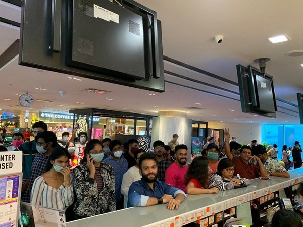 Singapore Airlines' flight taking off