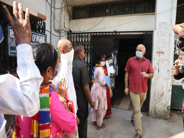 Deputy Chief Minister of Delhi Manish Sisodia during visit to the District Labor Office at Pushp Vihar.