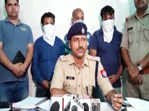 Sonam Kumar, Circle Officer (CO) Mahanagar speaking to reporters in Lucknow. Photo/ANI