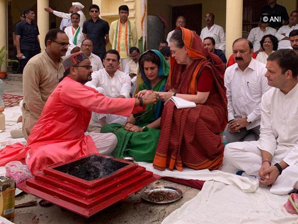 Sonia Gandhi attending a puja in Rae Bareli