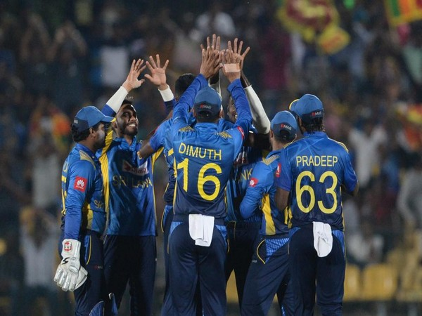 Sri Lankan team celebrating after taking a wicket. (Photo/ICC Twitter)