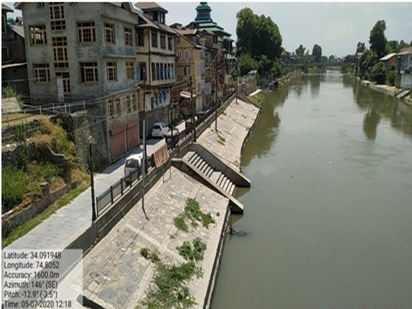 To ease the lives of people residing in Srinagar, the government has completed various infrastructure projects from 2013 to 2019.