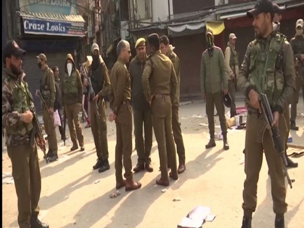 10 injured in a grenade attack in a market on Maulana Azad Road in Srinagar.
