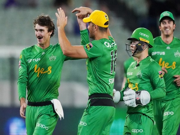 Melbourne Stars players celebrating after getting a wicket. (Photo/Melbourne Stars Twitter)