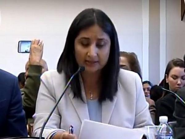 Kashmiri columnist Sunanda Vashisht a Congressional hearing on Human Rights organized by Tom Lantos HR Commission in Washington