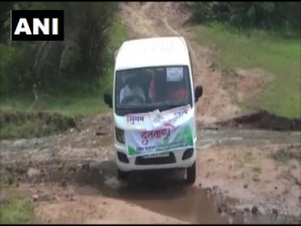 A vehicle carrying patient to a health center in Dantewada under the Sugam Swasth scheme. Photo/ANI