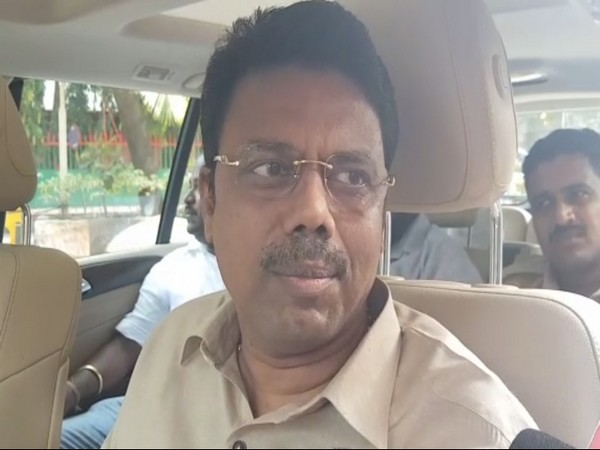 Sunil Raut, brother of Shiv Sena leader Sanjay Raut, talking to reporters in Mumbai on Monday. Photo/ANI
