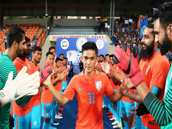 Blue Tigers giving a guard of honour to Sunil Chhetri before his 100th game (Photo/Indian Football Team Twitter)