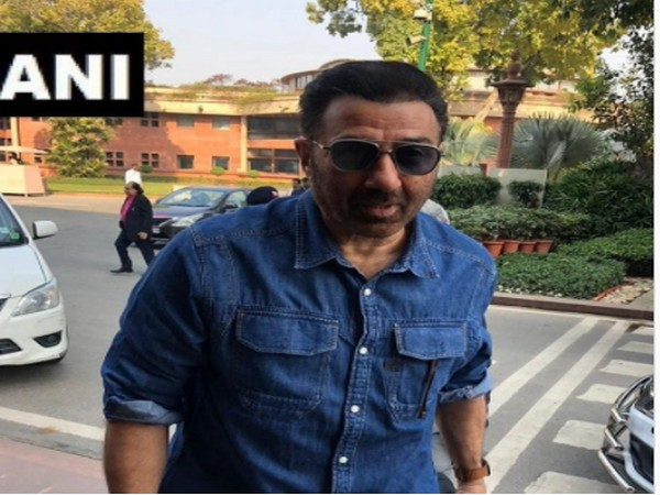 Actor-MP Sunny Deol has urged his contacts to get themselves tested. (File/ANI)