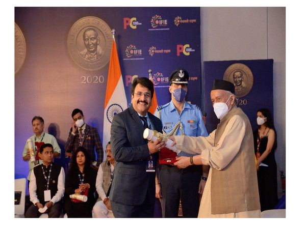Ajay Ajmera has been awarded the Champions of Change Award for his excellence in the field of women empowerment
