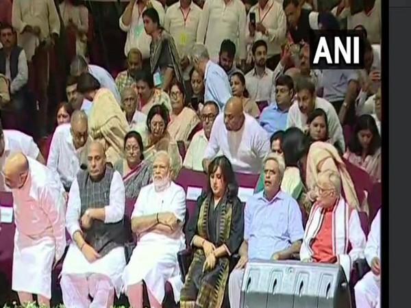 Prime Minister Narendra Modi with Sushma Swaraj's daughter Bansuri at the condolence meet in Delhi on Tuesday. Photo/ANI