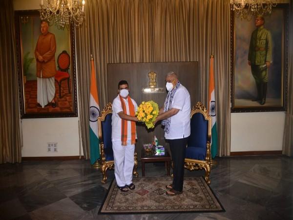 Visual of meeting between BJP leader Suvendu Adhikari (left) and governor Jagdeep Dhankar (Photo/ANI)
