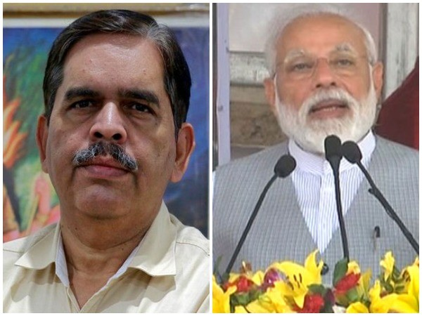 All India Co-convener of the SJM Ashwini Mahajan (left) and Priem Minister Narendra Modi (right)