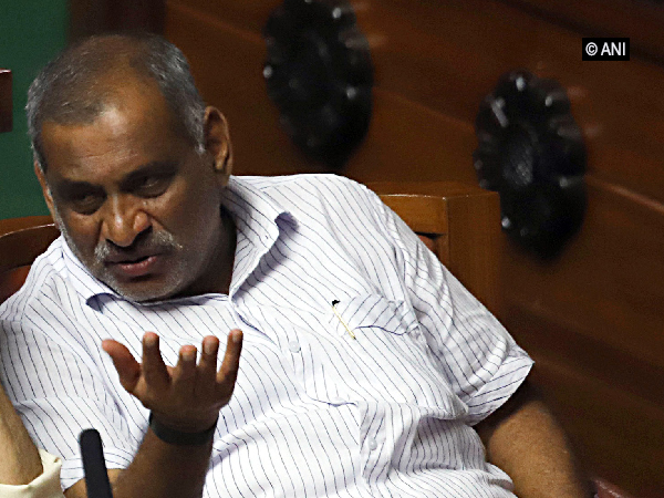 Karnataka Cabinet Minister JC Madhuswamy (File photo)