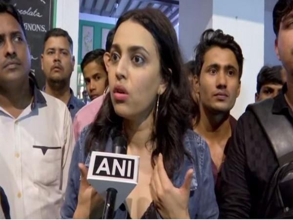 Actor Swara Bhaskar speaking to ANI in Mumbai (Image Source: ANI)
