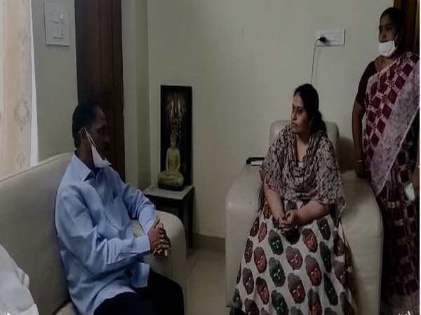 Telugu Desam Party MLA Vasupalli Ganesh met the family members of former minister and TDP leader Kollu Raveendra  on Tuesday. (Photo/ANI)