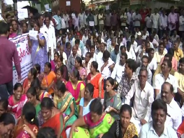 TSRTC employees protest outside District Collector's office in Hyderabad on Monday. Photo/ANI