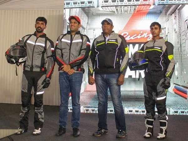 R Nataraj, TVS Racer, Sudarshan Venu - Joint Managing Director, TVS Motor Company, India, Meghashyam Dighole, Marketing Head Premium Motorcycle, TVS Motor Company, Rugved Barguje, TVS Rider