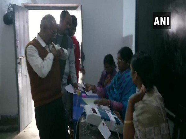 Jharkhand: Voting underway at polling booth number 472 in Chatra. [Photo/ANI]