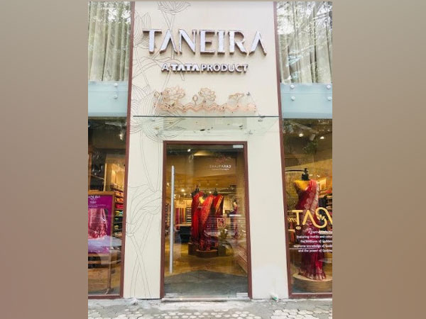 Taneira's new store at Turner road, Bandra, Mumbai