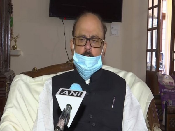 Congress leader Tariq Anwar speaking to ANI in New Delhi.  Photo/ANI